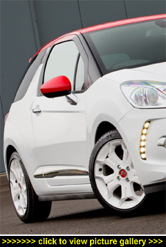 citroen ds3 dsport red thp 155 review by motorbar 39 s experts. Black Bedroom Furniture Sets. Home Design Ideas